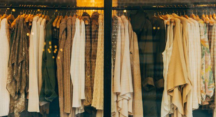 Mode Klamotten in Laden